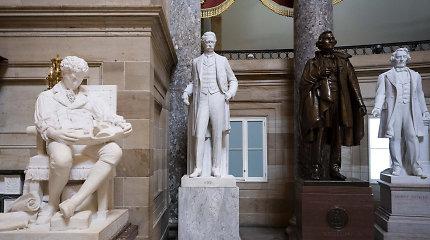 Atstovų Rūmai pritarė siūlymui pašalinti konfederatų statulas iš Kapitolijaus