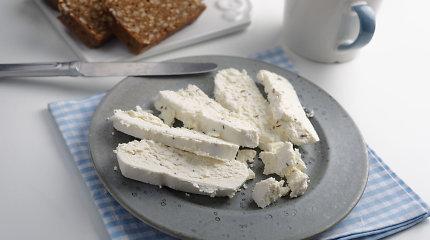 Dietistė V.Kurpienė: ką svarbu žinoti, renkantis liesesnį ar riebesnį varškės sūrį?