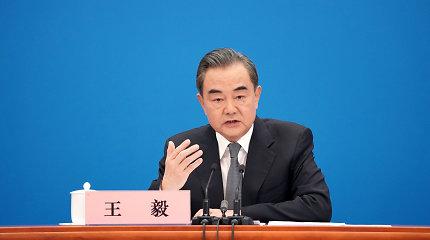 """Kinų diplomatijos vadovas: JAV ir Kinija artėja prie """"naujo Šaltojo karo slenksčio"""""""