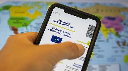 Nuo šiol skaitmeniniai COVID pažymėjimai oro uostuose tikrinami elektroniniu būdu