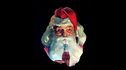 """Šimtametis """"Coca-Cola"""" dėmesys Kalėdoms: reklamai pasitelkė ir Oskaro laimėtoją"""