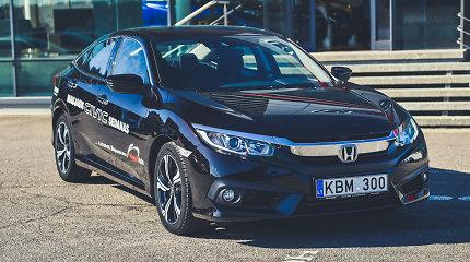 """""""Honda Civic"""": užprogramuotas miestui, tačiau pasiruošęs keliauti"""