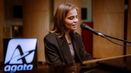 """""""Muzikos salė   Gyvai"""" kviečia į paskutinę muzikos savaitę: virtualioje scenoje pasirodys Gabrielė Vilkickytė ir Andrius Kaniava"""