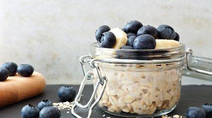 Pusryčiai iš vakaro: 4 patiekalai, kuriems paruošti ryte reikės kelių minučių