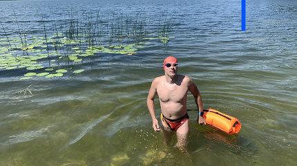 """Asvejos ežerą – 21 km – perplaukęs IT specialistas Nikolajus: """"Vanduo yra mano sporto salė"""""""