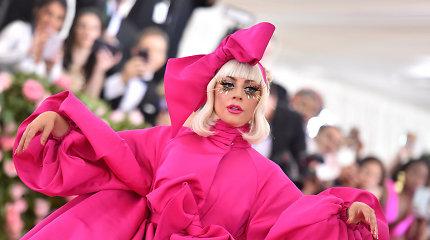 500 tūkst. dolerių atlygį pažadėjusi Lady Gaga susigrąžino pavogtus šunis: buldogai – gyvi ir sveiki