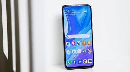 """""""Huawei"""" pristatė naują ekonominės klasės telefoną su """"Google"""" paslaugomis"""