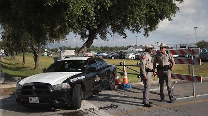Teksase ieškoma užpuoliko: nušovė du žmones, dar 12 sužeidė