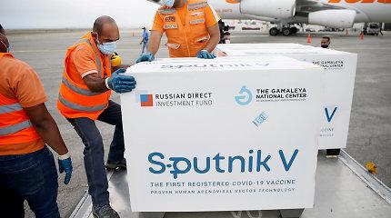"""Rusija pareikalavo Slovakijos grąžinti """"Sputnik V"""" vakcinas"""