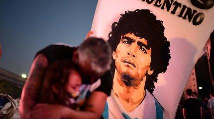 Diego Maradonos mirties tyrimas: įtraukti dar trys potencialūs įtariamieji