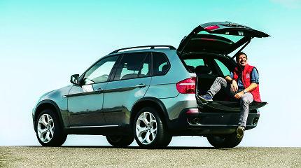 Testuojam naudotus antros kartos BMW X5: ar jie tokie pat geri, kaip nauji?
