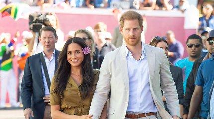 Princas Harry iškėlė bylas dviem JK bulvariniams leidiniams dėl telefoninio šnipinėjimo