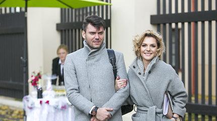 Draugus vestuvėse sveikinę Liucina ir Tadas Rimgailos – pavyzdys, kai gera kartu ir namie, ir darbe
