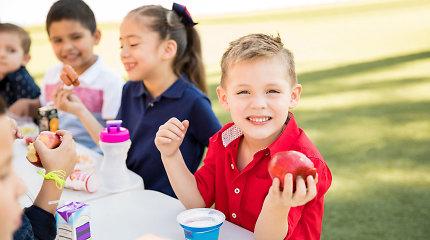 Sveikas maistas – sveikas vaikas: ekspertai ragina keisti įpročius