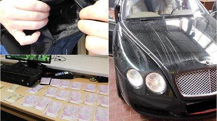 """""""Bentley"""" limuzinu pirkti priekabos į Lietuvą vykęs rusas priverstas parodyti, ką turi kišenėje"""