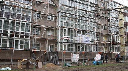 Panevėžyje žuvo daugiabutį renovavęs statybininkas