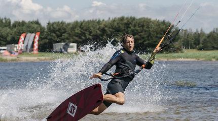 """Dėl vėjo ir vandens į Klaipėdą persikėlęs fotografas D.Macijauskas: """"Bangos yra tai, ką aš noriu vytis"""""""