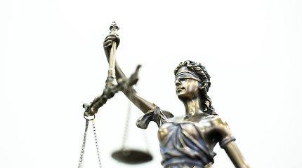 Teismas panaikino baudą sovietų kariams antkapius be leidimų įrengusiai organizacijai