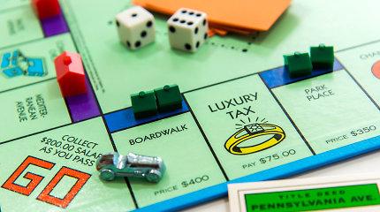 """""""Monopolis"""" moterims: Kaipgi pinigus uždirba feministės?"""
