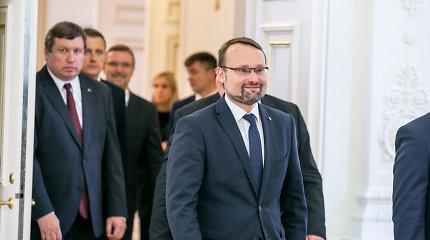 Ministras M.Kvietkauskas žada padėti problemų turinčioms kultūros įstaigoms, bet turės ir taupyti