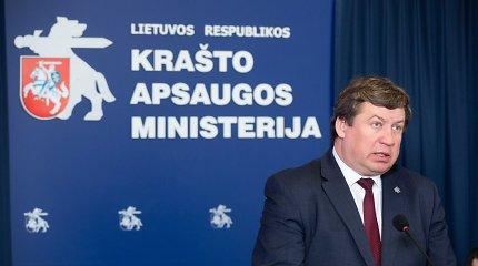 """R.Karoblis: sprendimai dėl """"Huawei"""" technologijų turi būti priimami NATO ir ES lygmenyje"""