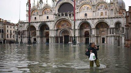 Venecijos Šv. Morkaus aikštė prieš naują potvynį uždaryta