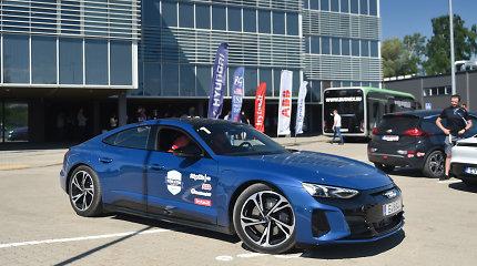 """Elektromobilių varžybas laimėjusi """"Audi e-tron GT"""" – permainų simbolis"""