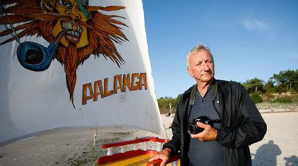 """Prie legendinio laivo Palangoje fotografuojantis Feliksas: """"Dirbsiu, kol visi dantys iškris"""""""
