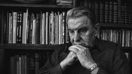 J.Marcinkevičiaus asmeniniai daiktai perkelti į gimtinę