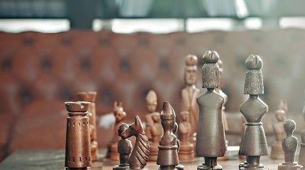 Matematikas įveikė 150 metų senumo iššūkį – kiek karalienių ant šachmatų lentos būtų saugios?