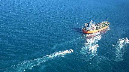 Seulas reikalauja paleisti Irano sulaikytą korėjiečių tanklaivį