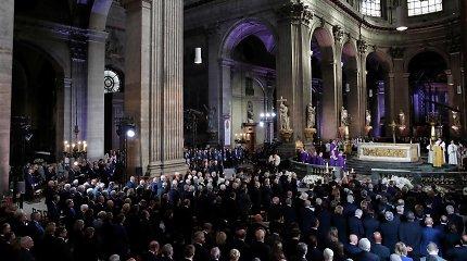 Paryžiuje vyksta velionio prezidento Jacques'o Chiraco laidotuvių pamaldos