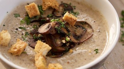 Pikantiškos ir įdomios trintos sriubos: 10 rudeniškų receptų