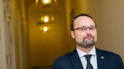 Mindaugas Kvietkauskas: Kur veda skuba griauti Cvirkos paminklą?