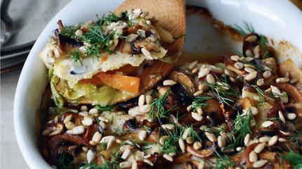 Saulėgrąžos – ir energijos rutuliukams, ir į salotas, ir į duoną. 12 receptų