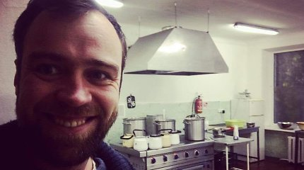 Daugiavaikis tėtis S.Urbonas 100 dienų valgė darželinukų maistą: rezultatai pritrenkė