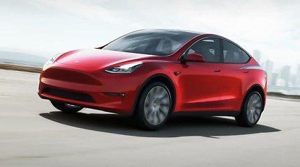 """Šalčio užklupti Teksaso gyventojai gelbėjosi elektromobiliais, tačiau """"Tesla"""" tam nepritaria"""
