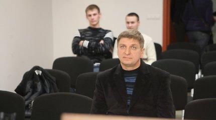 R.Adomavičiaus bylos liudytojas teismui pareiškė neprovokavęs politiko imti kyšį