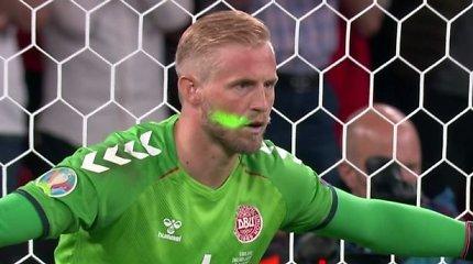 UEFA nubaudė anglus dėl trijų incidentų per mačą su Danija