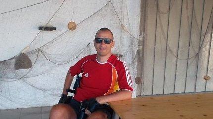 Skausminga asmeninio gyvenimo drama: kaklo lūžis, paralyžius, nesėkminga operacija