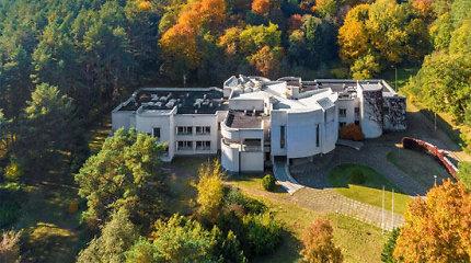 SBA bendrovė parduoda buvusius Vyriausybės svečių namus sostinės Žvėryne