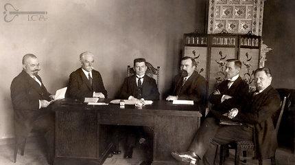 A.Eidintas ir R.Lopata pirmųjų Lietuvos vyriausybių posėdžių protokolus sudėjo į knygą