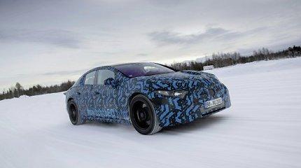"""Beveik be konkurencijos: """"Mercedes-Benz EQS"""" pasižymės neįtikėtinu tarp įkrovimų nuvažiuojamu atstumu"""
