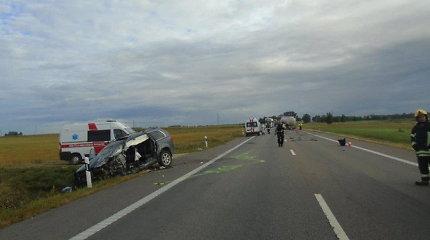 """Neatidi """"Volvo"""" visureigio vairuotoja netyčia sukėlė nuožmų saugumo išbandymą"""