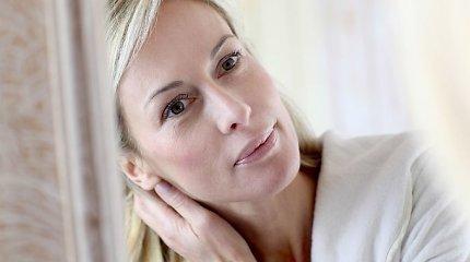 Ką būtina žinoti moterims po 50-ties: kaip pagerinti savijautą ir nuotaiką natūraliomis priemonėmis