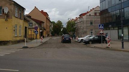 Remontas Klaipėdos gatvėje, kur gyvena savivaldybės vadovas, sukėlė aistrų: vadina akibrokštu