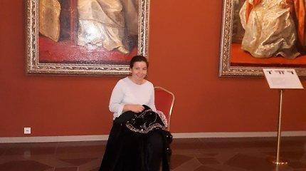 Vietos, kuriose Victoria Enefors siuvinėjo suknelę