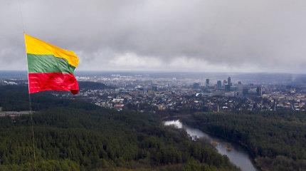 Ant Vilniaus televizijos bokšto iškelta Lietuvos trispalvė