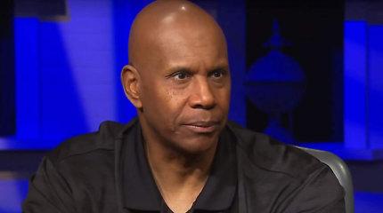 """Buvusios NBA žvaigždės nerimas dėl viruso: """"Baisu numirti kalėjime"""""""