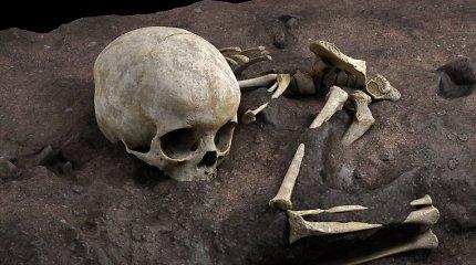 Drąsiausios archeologų spėlionės pasitvirtino: Afrikoje aptiktas seniausias mokslui žinomas žmonių kapas